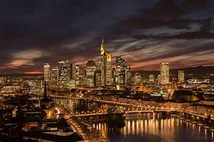 Skyline Frankfurt Bild : frankfurt skyline bei nacht fototante ~ Eleganceandgraceweddings.com Haus und Dekorationen