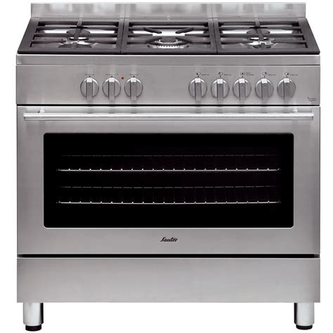 cuisiner avec barbecue a gaz piano 4 feux piano de cuisson electrique avec des