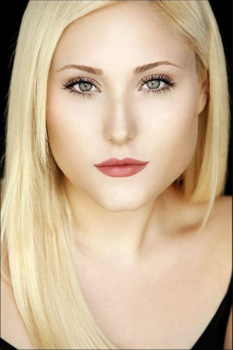 Pictures & Photos of Hayley Hasselhoff - IMDb