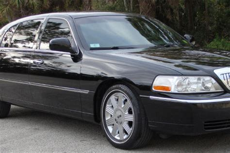 Town Car Service by Black Lincoln Town Car Transportation Service 1st Choice
