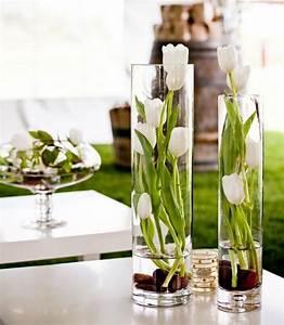 Tulpen Im Glas Ohne Erde : fr hlingsdeko mit tulpen gestecke selber arrangieren ~ Frokenaadalensverden.com Haus und Dekorationen