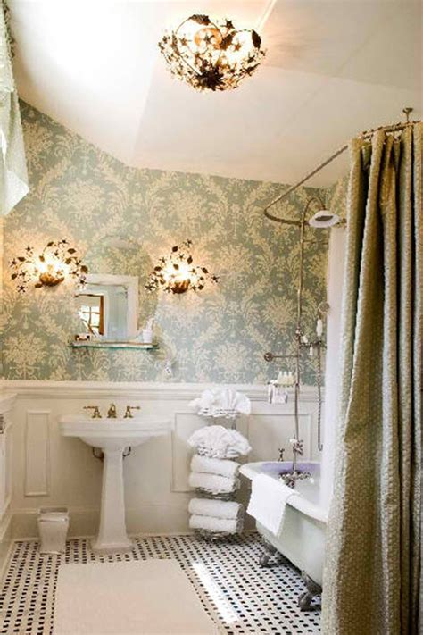tips    bathroom  larger  shower curtains