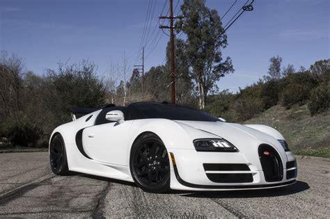 And White Bugatti by Beautiful White Bugatti Veyron Vitesse Front Side View