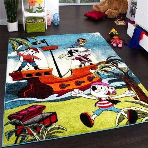 tapis chambre d enfants tapis chambre d 39 enfant pirate équipage de rigolos