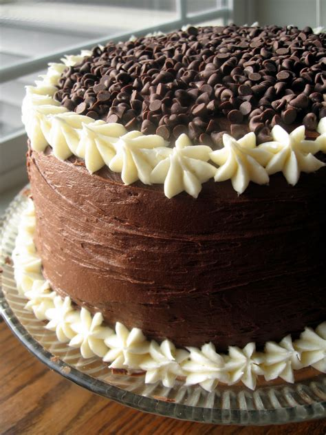 nonpareil baker chocolate layer cake  cream