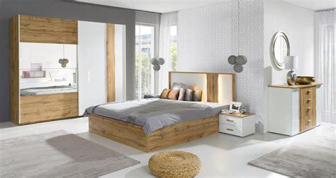 chambre  coucher armoire garde robe wood deux portes