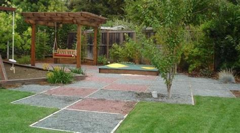 let your with kid friendly garden design