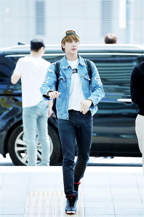 [Picture/Fansitesnap] BTS at Incheon Airport Depart to Shanghai [150904]