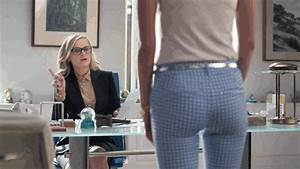 Who is the sexy actress in the Old Navy Pixie Pants ...