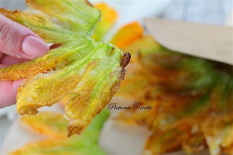 ricetta pastella per fiori di zucca fiori di zucca in pastella ecco come renderli fragranti