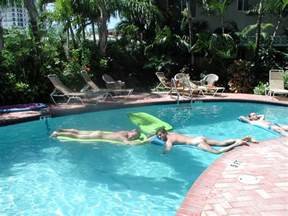 Bath House Fort Lauderdale Picture
