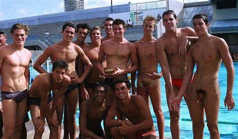 Nude Swimming Swim Team Mega Porn Pics