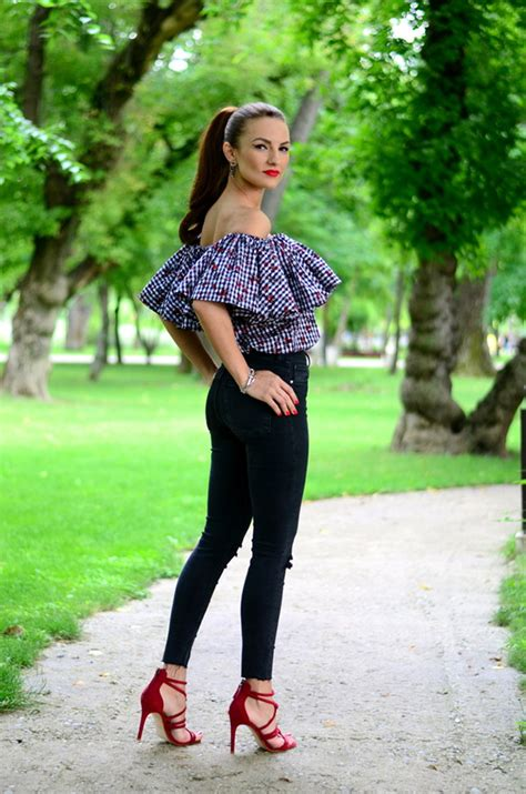 Black Outfit Inspiration u2013 Chic Street Style 2018 | Become Chic