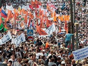 Moscow rally: LIVE UPDATES — RT News