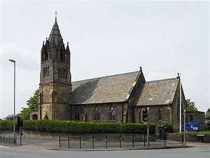 St Matthew's Church, Chadderton - Wikipedia