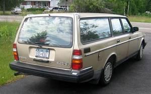 1990 Volvo 240 Station Wagon  5
