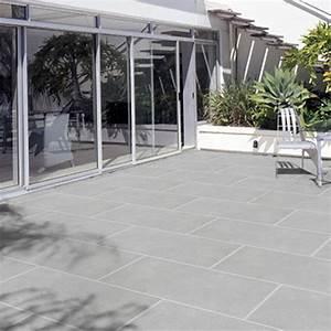 carrelage en pierre naturelle exterieur a avignon With peindre un escalier en gris 17 epaisseur colle carrelage exterieur
