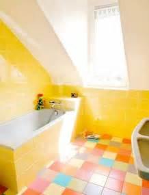 yellow tile bathroom paint colors images