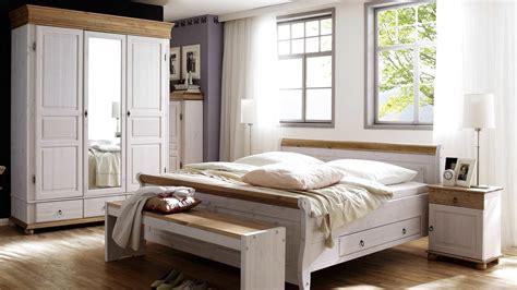 Schlafzimmer Oslo 4tlg Set Kiefer Massiv Weiß Antik 180x200