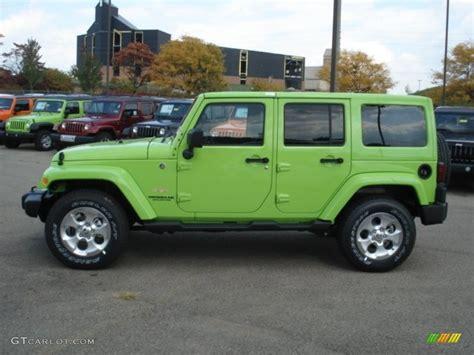 jeep unlimited green 2013 gecko green pearl jeep wrangler unlimited sahara 4x4