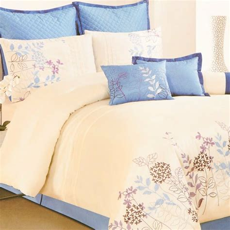Burlington Coat Factory Bedding by Pin By Humes Johnson On Bedrooms Comforters Sets