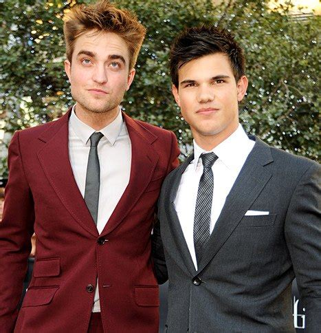 Robert Pattinson: Taylor Lautner Makes Me Insecure About ...