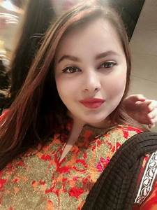Beautiful Pictures Of Actress Shagufta Ijaz Daughter Haya