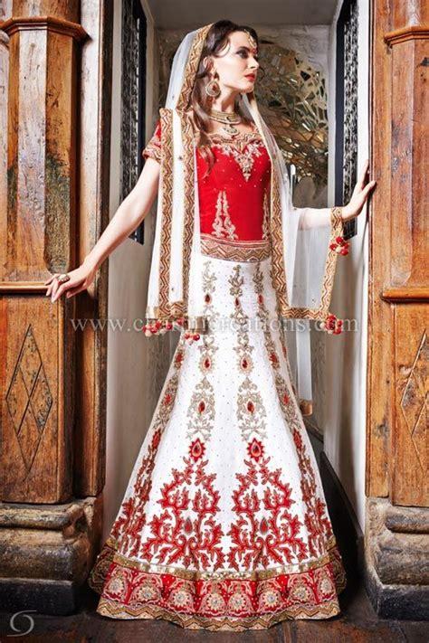 indian bridal red  white lengha   panelled skirt