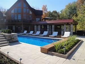 amenagement de piscine exterieur simple grande chemine With exceptional amenagement jardin autour piscine 5 une cascade dans votre piscine