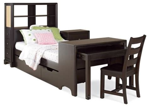 Lea Industries Midtown Bookcase Storage Platform Bed With