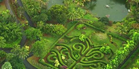 na aina botanical gardens and sculpture park weddings