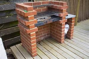 Fabriquer Un Barbecue Avec Un Bidon : comment construire son barbecue soi m me ~ Dallasstarsshop.com Idées de Décoration
