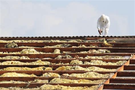 wie erkenne ich asbest dachsanierung asbest erkennen und beseitigen