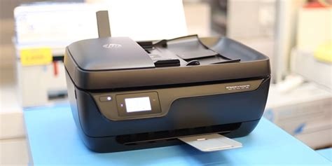 Make sure that the downloaded software package associates with your mac you can easily download the driver for hp officejet 3835 printer using the installation cd provided with the hp officejet 3835 printer device. Hp Deskjet 3835 Software Download / HP OfficeJet 3835 Printer Driver Download | Software Printer ...