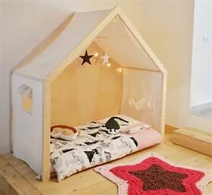 Lit Au Sol Pour Bébé : lit au sol montessori matelas sur le sol literie ~ Dallasstarsshop.com Idées de Décoration