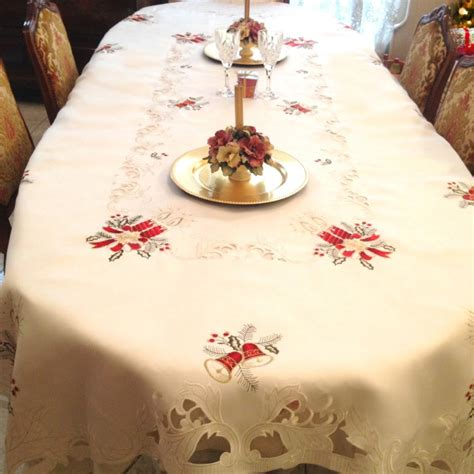 nappe ovale noel table de cuisine