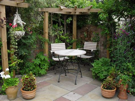 desain taman minimalis lahan sempit renovasi rumahnet