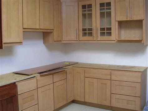 Kitchens Cupboard Doors by 25 White Kitchen Cupboard Doors Cupboard Ideas
