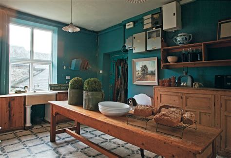 farrow and green blue kitchen great rooms painted in farrow s best colors 9664