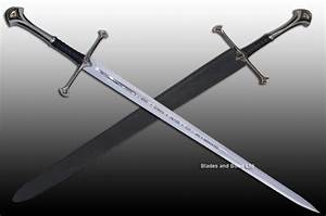 Sword of Aragorn with sheath