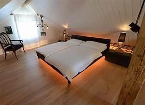 Sitzbank Vor Dem Bett : luna licht f r unters bett ~ Michelbontemps.com Haus und Dekorationen