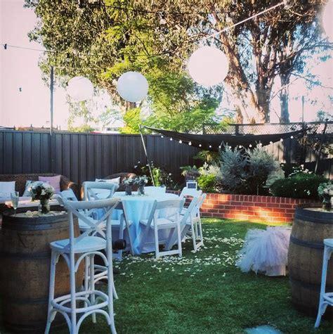 plan  backyard wedding reception