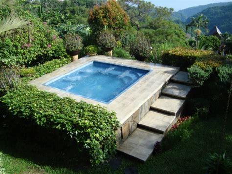 Whirlpool Garten Eckig by Whirlpool Im Garten G 246 Nnen Sie Sich Diese Besonde