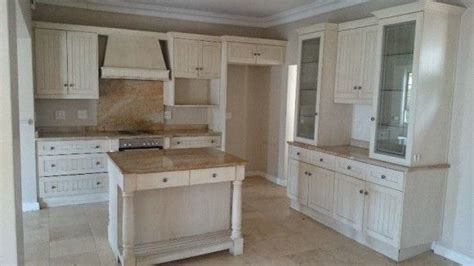 kitchen cabinets  sale  owner