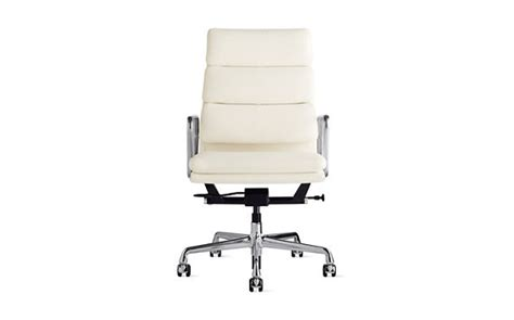 dwr eames soft pad management chair eames 174 soft pad executive chair with pneumatic lift
