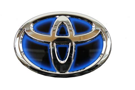 Emblem Toyota Camry By Lumobil genuine toyota camry hybrid 2012 2013 front grille emblem