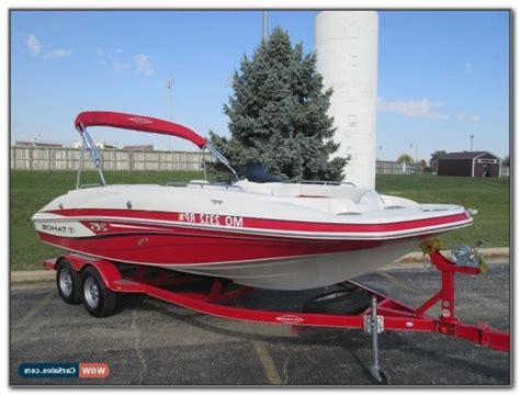 Best Deck Boats For Fishing by Non Skid Boat Flooring Flooring Home Decorating Ideas