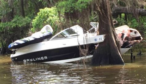 Boat Crash This Weekend by 8 Year Texarkana And Family Seriously Injured In