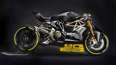New 3d Car Wallpapers 2017 Ducati by This Ducati Draxter Is Wonderful Evil Top Gear