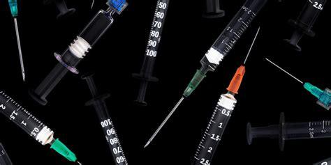 コロナ ワクチン いつ できる